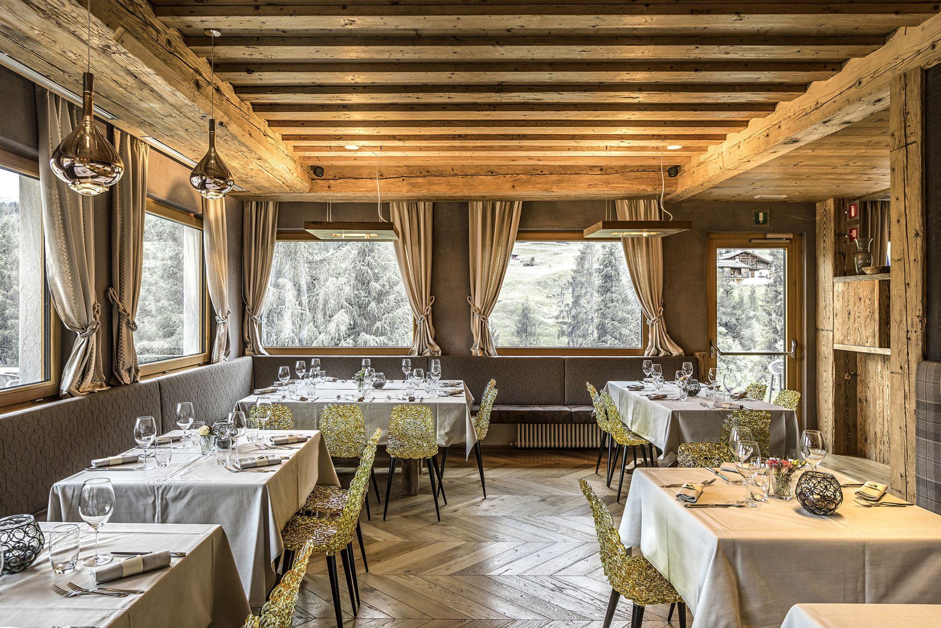 Hotel Lodge Alverà - image 2