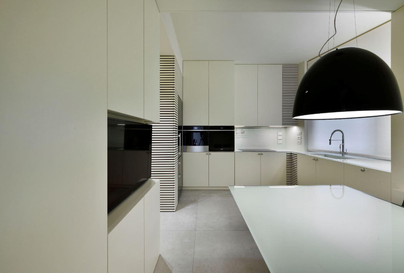 Appartamento Piazza Trento e Trieste - image 5