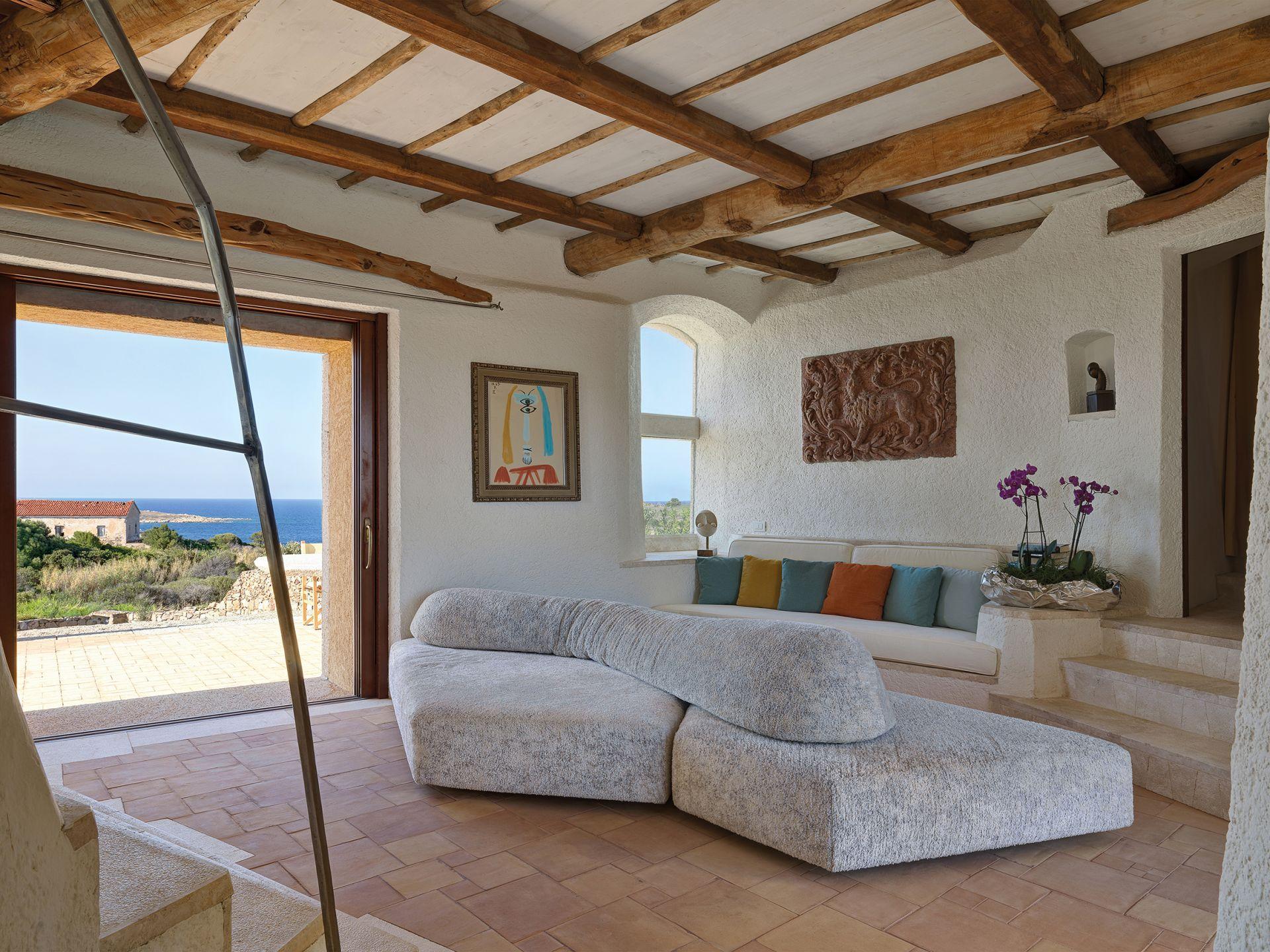 Villa in Sardegna - image 1