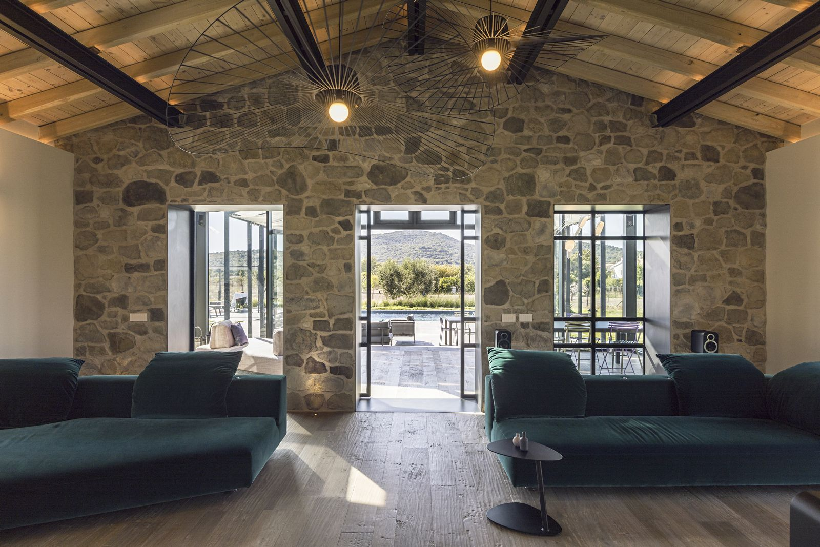 Capalbio Barn House - image 3