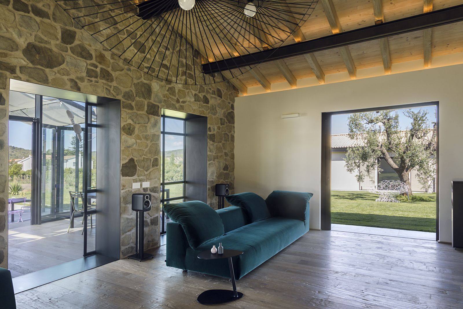 Capalbio Barn House - image 7