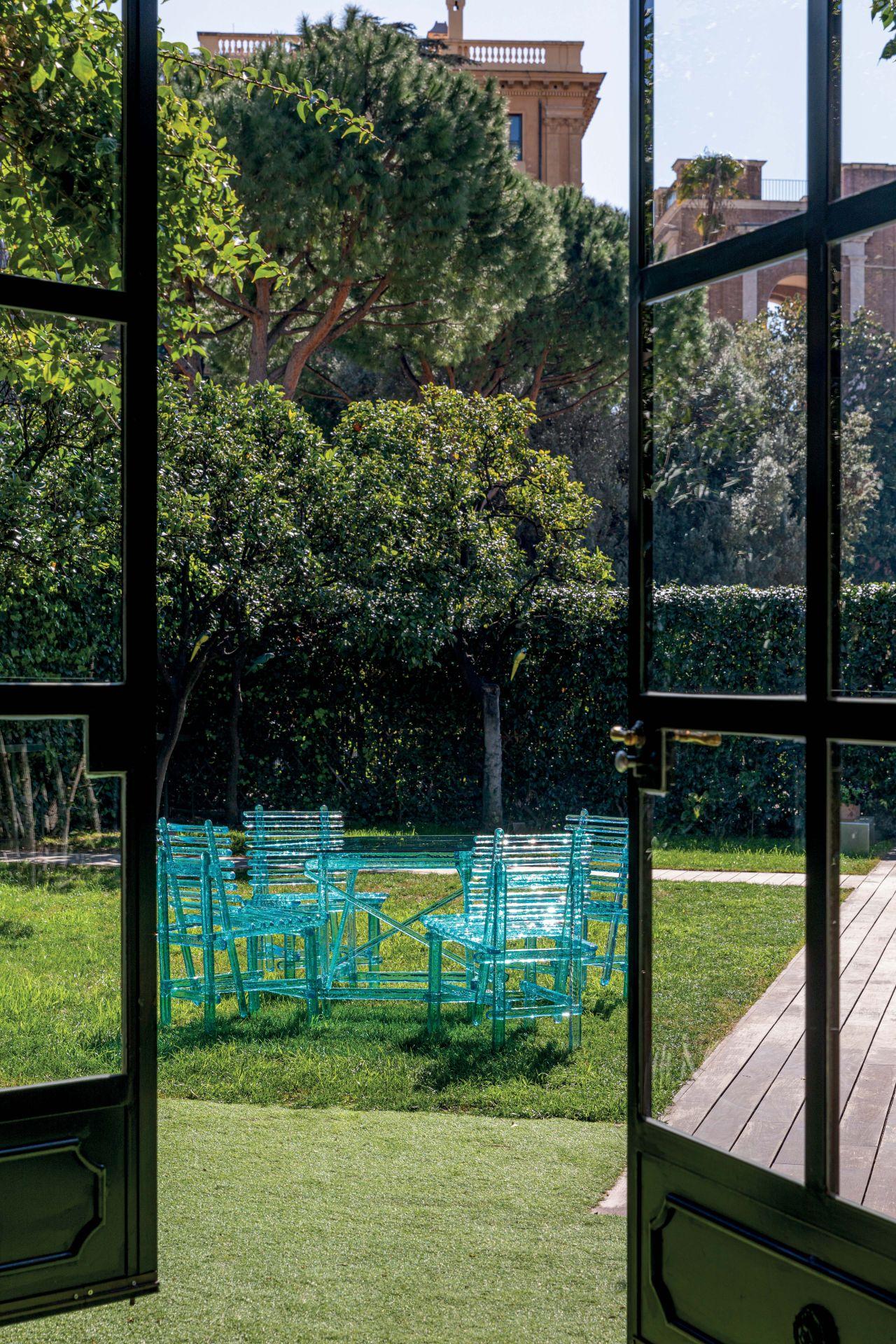 Villa in Rome - image 14